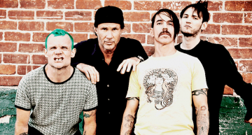 Red Hot Chili Peppers 'The Getaway' Takes One Step Up, One Step Sideways