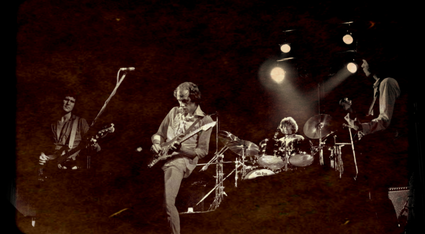 "5 Great Dire Straits Songs That Aren't ""Sultans of Swing"""